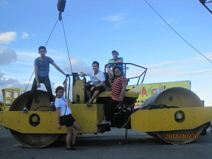 photoshoot: HEAVY EQUIPMENT