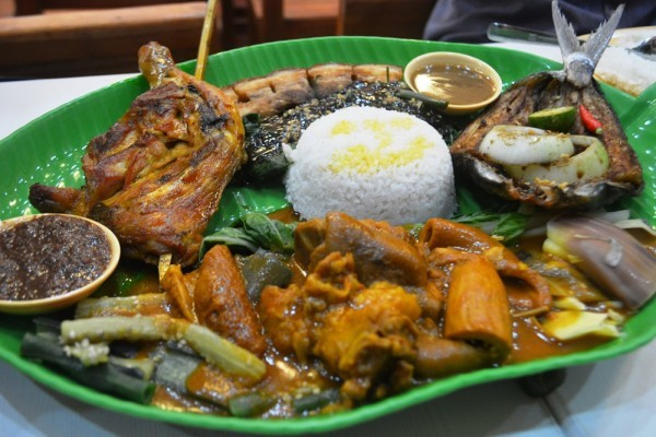 Namit Gid at Chicken Deli Robinsons Galleria Cebu | Hey, Miss Adventures!