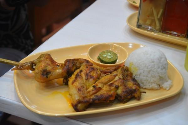 Namit Gid at Chicken Deli Robinsons Galleria Cebu   Hey, Miss Adventures!