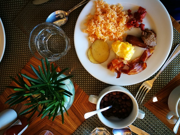 Breakfast Buffet at Pedro's Restaurant in Citi Park Hotel