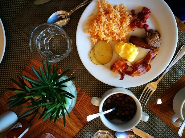 Breakfast Buffet at Pedro's Restaurant in Citi Park Hotel