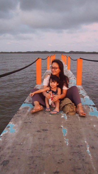 Families Outside: An Interview with Filipina Explorer || heymissadventures.com