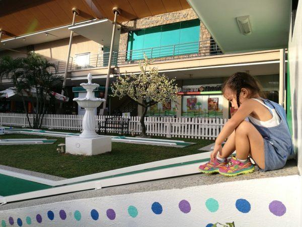 Harvig's Mini Golf: Tee-off at Cebu's First Mini Golf Park | Hey, Miss Adventures!