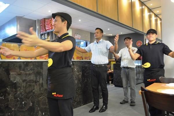 Mr Pizza: Korea's No. 1 Gourmet Pizza | Hey, Miss Adventures!
