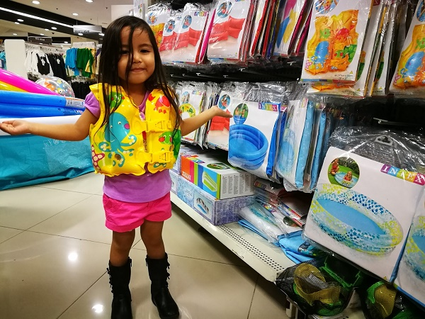 kids summer toys - summer rainforest 2017 - metro stores