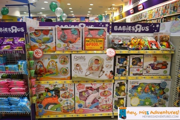 Last Minute Gift Shopping at Toys R Us Robinsons Galleria | Hey, Miss Adventures!